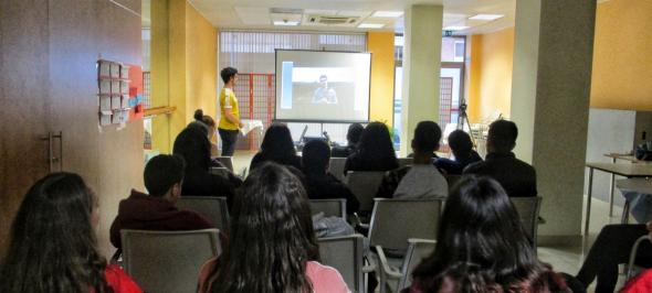 """Els alumnes del programa PAE Secundària Manresa participen al curs """"Medi Ambient i Vídeo Mòbil"""" de Gedi Media"""